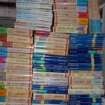 講談社学術文庫や文芸文庫、DVDなどをお譲り頂きました。