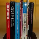 バンドスコアや音楽雑誌、単行本など約200冊の古本をお譲り頂きました。