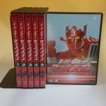 DVDや鉄道関連書籍、漫画セット、玩具などをお譲り頂きました。