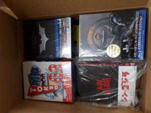 シン・ゴジラや東京03DVDBOXなど特撮、お笑いのDVDを段ボール4箱分お譲り頂きました。